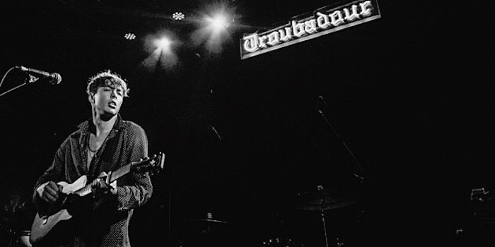 BARNS COURTNEY live B&W photo
