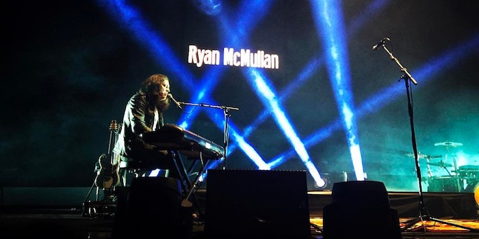 Ryan McMullan live photo